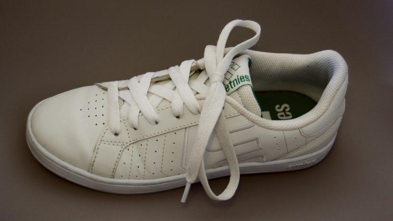 Sneaker richtig schnüren