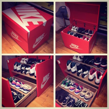Custom Schuhschrank im Nike Look.