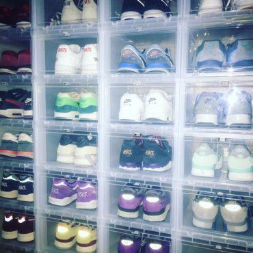 Drop Front Boxen Iris zur Sneaker Aufbewahrung.