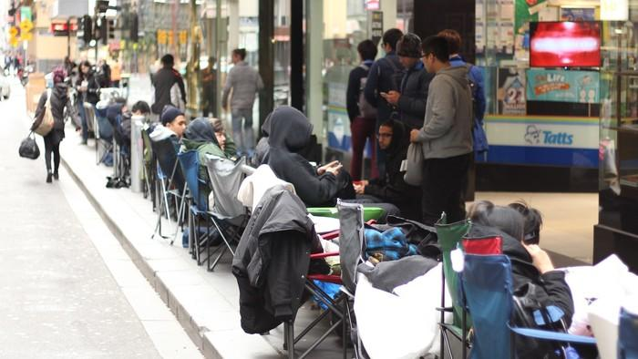 Camp Out in Melbourne für Yeezys