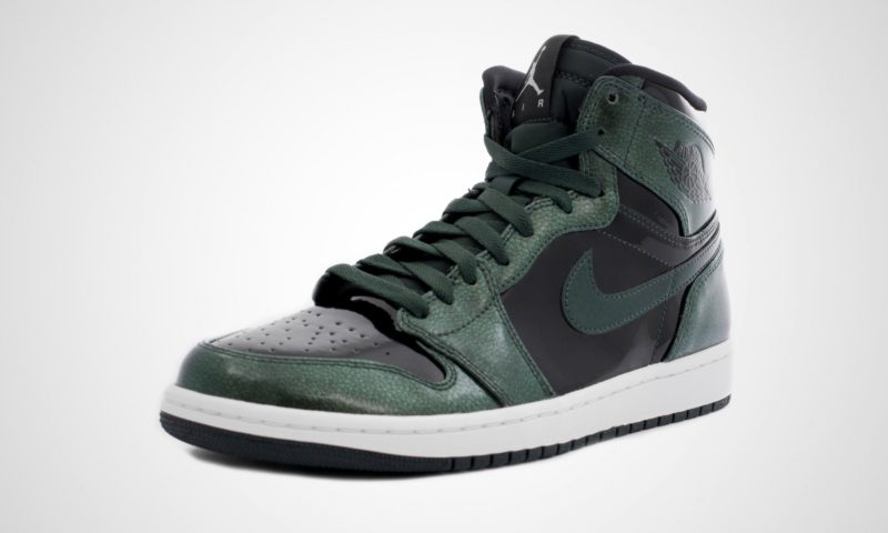 "Air Jordan 1 Retro High ""Grove Green/Black-White"" (332550-300)"