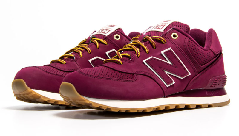 New Balance ML574HRA in Weinrot