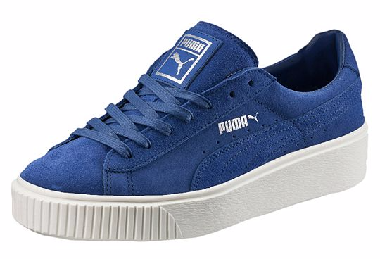 PUMA Suede Platform Core (Frauen) in Peacoat.